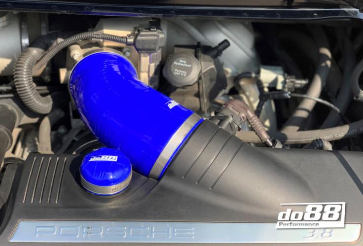 Do88 Set Silikonová hadice ke škrtící klapce Porsche Carrera 911 996 997 ,4 3,6 3,8L - Modrá